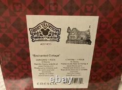 Enesco Disney Traditions by Jim Shore Snow White Cottage Figurine, 4.875-Inch