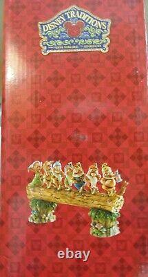Jim Shore Disney Traditions Homeward Bound Seven Dwarfs Figurine