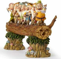 Disney Traditions Blanche-neige Et La Figurine Des Sept Nains