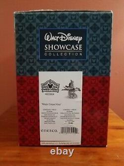 Disney Traditions Jim Shore Aladdin & Jasmine Magic Carpet Ride Music Box Lights