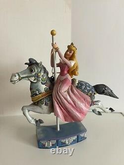 Disney Traditions Showcase Princesse De Beauté Dormant Beauté Aurora Carousel