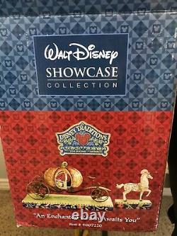 Jim Shore Disney Showcase An Enchanted Coach Awaits You (cendrillon)