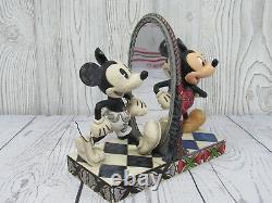 Walt Disney Mickey Mouse 80 Years Of Laughter 4011748 Par Enesco Showcase